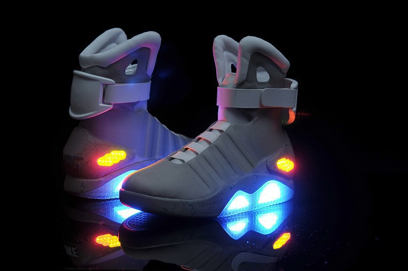 Marty-McFly-Back-to-the-Future-Shoes-MAG-Shoes-Mens-Dance-Shoes-Brand-Sports-Sneakers-Glowing[1]